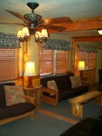 4 Bedroom lakeside - Group size 3 bath cabin with kitchen, 4 fireplaces and bar. #13 Picture 14