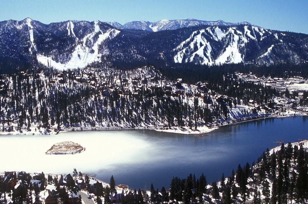Big%20Bear%20Lake%3A%20Southern%20California%27s%20Most%20Popular%20Mountain%20Lake