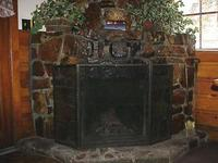 2 Bedroom spa cottages (with Jacuzzi or Hot Tub) - Kitchen and fireplace. #10,16 Picture 8