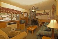 2 Bedroom spa cottages (with Jacuzzi or Hot Tub) - Kitchen and fireplace. #10,16 Picture 5