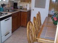 3 Bedroom 2 bath spa cabin with Jacuzzi - Full kitchen and fireplace. #11,17,26 Picture 2