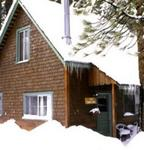 2 Bedroom mid-size cottages (with Jacuzzi or Hot Tub) - Kitchen and fireplace. Pet friendly #10, No pets #16 Photo 3