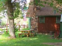 3 Bedroom 2 bath spa cabin with Jacuzzi - Full kitchen and fireplace. #11,17,26 Picture 13