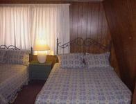2 Bedroom big cabins - Family size 2 story, kitchen and fireplace. Pet friendly #8,9, No pets #21,22,23 Picture 10
