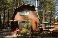 2 Bedroom big cabins - Family size 2 story, kitchen and fireplace. Pet friendly #8,9, No pets #21,22,23 Picture 5