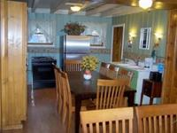 5 Bedroom 2 bath spa cabin with two big Jacuzzi's - Large group kitchen and fireplace. #25 Picture 3