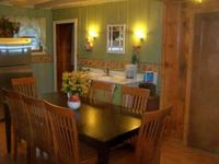 5 Bedroom 2 bath spa cabin with two big Jacuzzi's - Large group kitchen and fireplace. #25 Picture 9