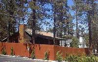 1 Bedroom cottages with large Jacuzzi or Spa. Pet friendly - Kitchen and fireplace. #5,6 Photo 13