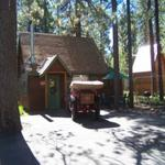 2 Bedroom spa cottages (with Jacuzzi or Spa) - Kitchen and fireplace. #10,16 Picture 11